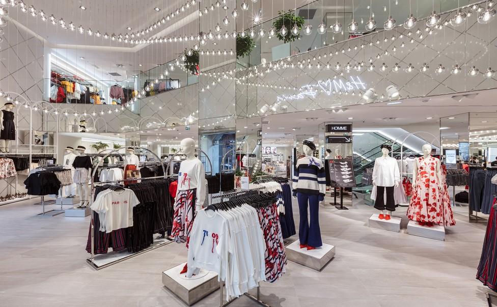 h m opens flagship store on rue la fayette